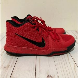 "Nike Kyrie 3 GS ""Candy Apple"" Red Black Youth 6.5"